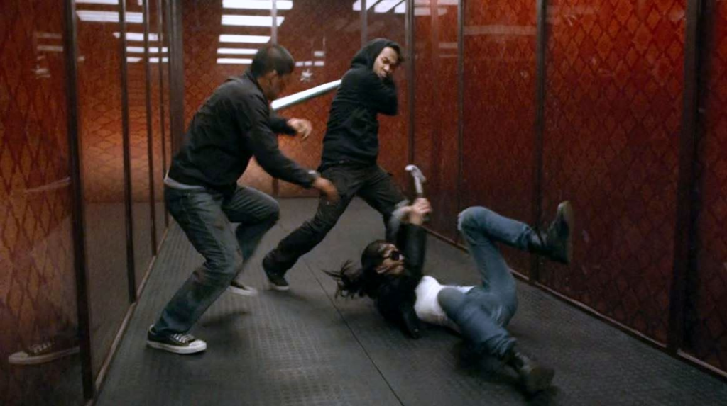 Raid 2 fight in the hallway